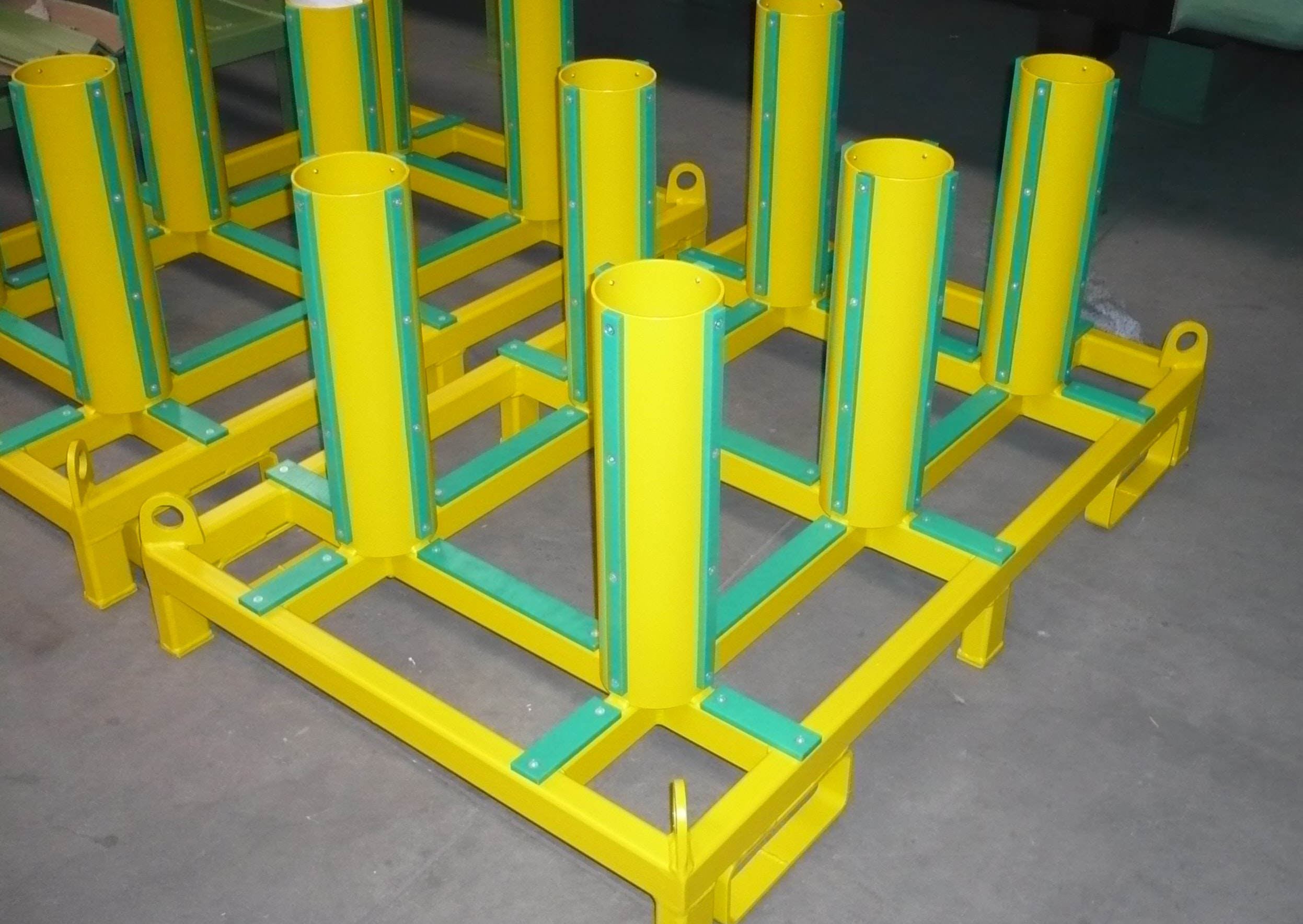 Transport and storage rack for suspension tube roller bearings and components of drive wheelsets