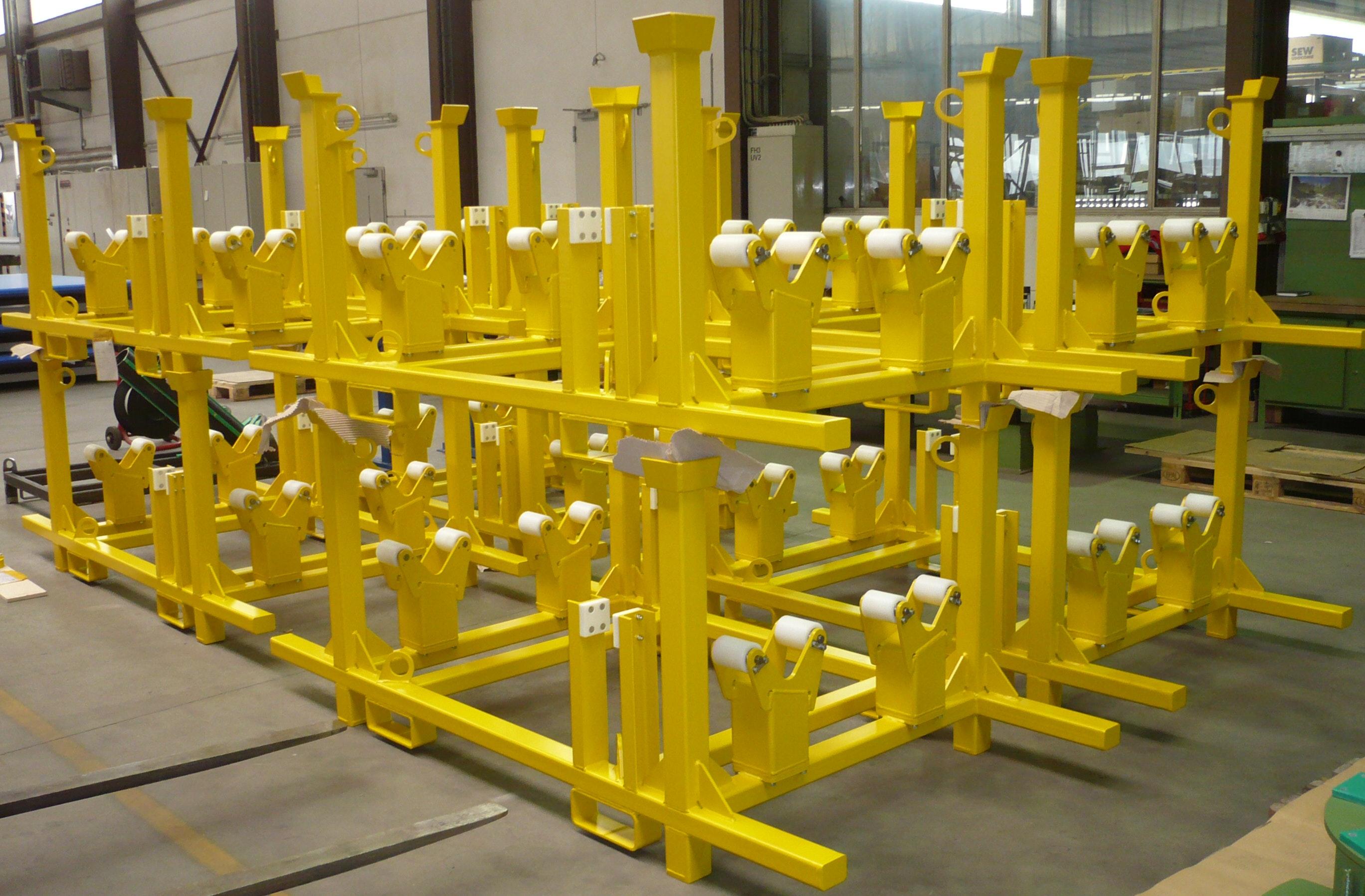 Stackable transport rack for whellset axles